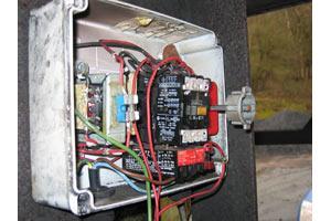 Rotary isolator & contactor
